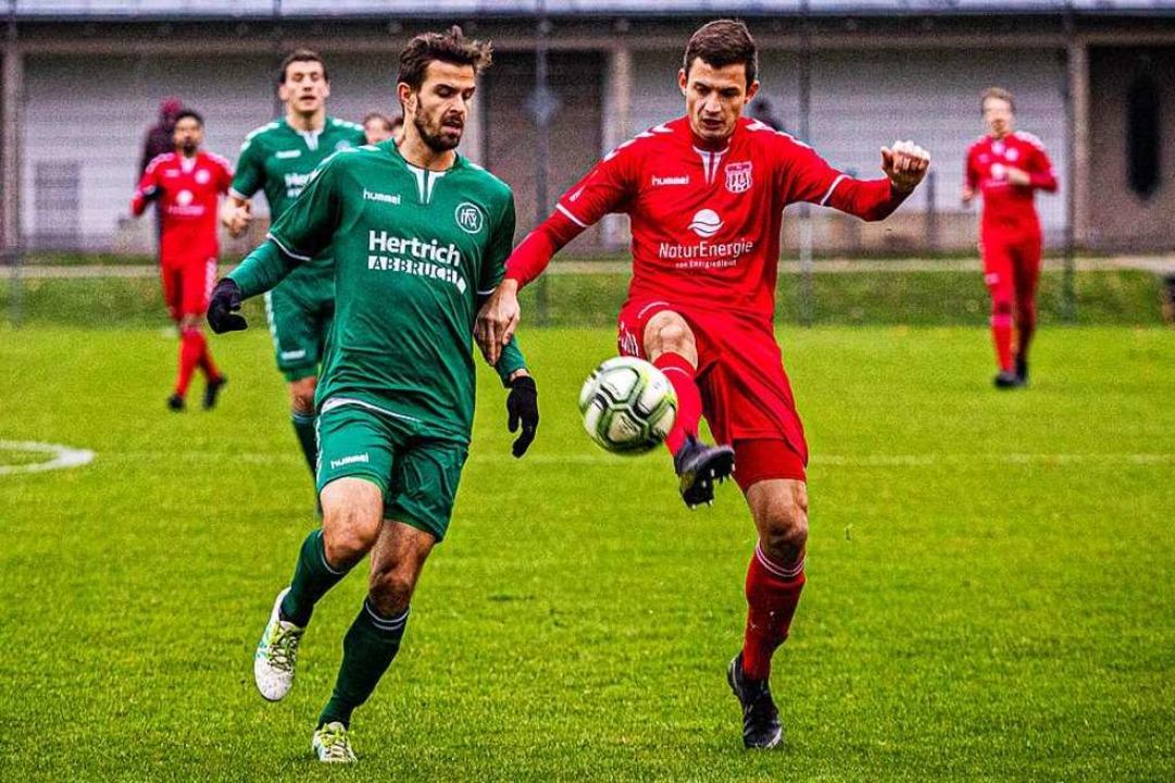 Im Top-Spiel im richtigen Moment zur S...hts, gegen  Rico Maier) traf zum 1:0.     Foto: Sebastian Sternemann