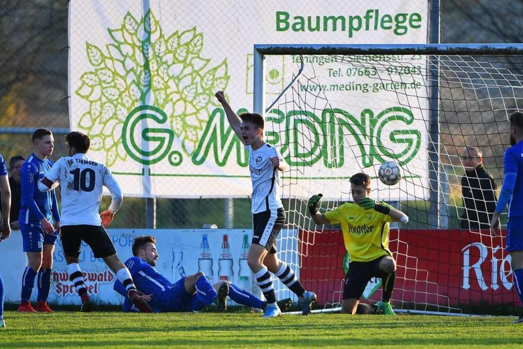 Fabio Saggiomo (links) trifft zum 1:1  | Foto: Achim Keller