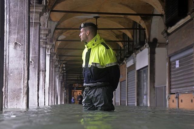 Venedig wird zum dritten Mal überflutet