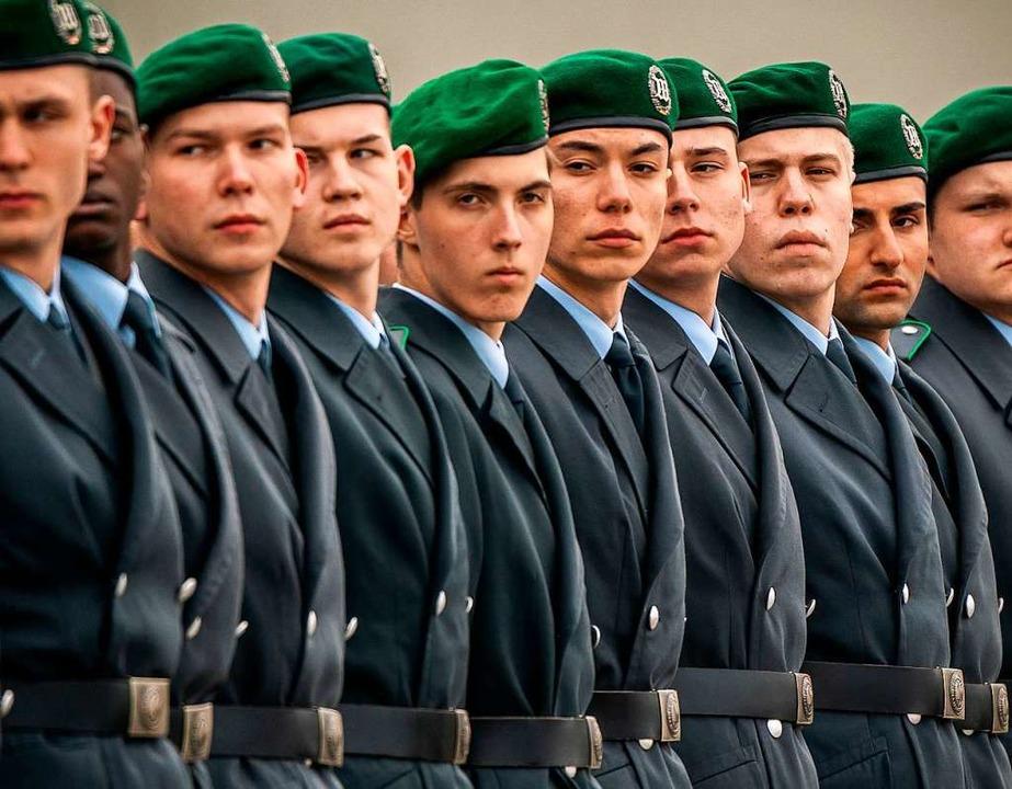 Armin Schuster befürwortet öffentliche... Wertschätzung für Bundeswehrsoldaten.  | Foto: Michael Kappeler