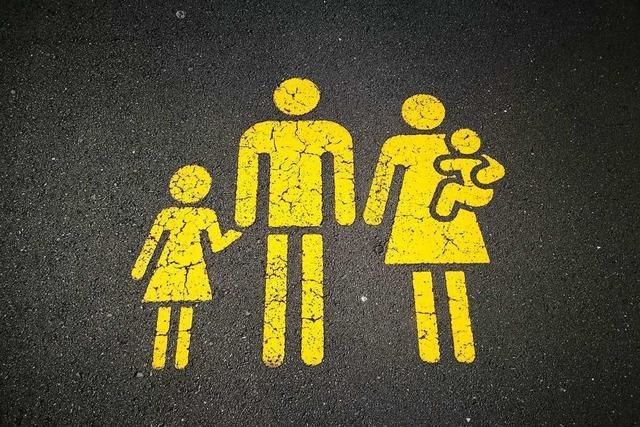 Freiburger Jugendamt informiert über Pflege und Adoption