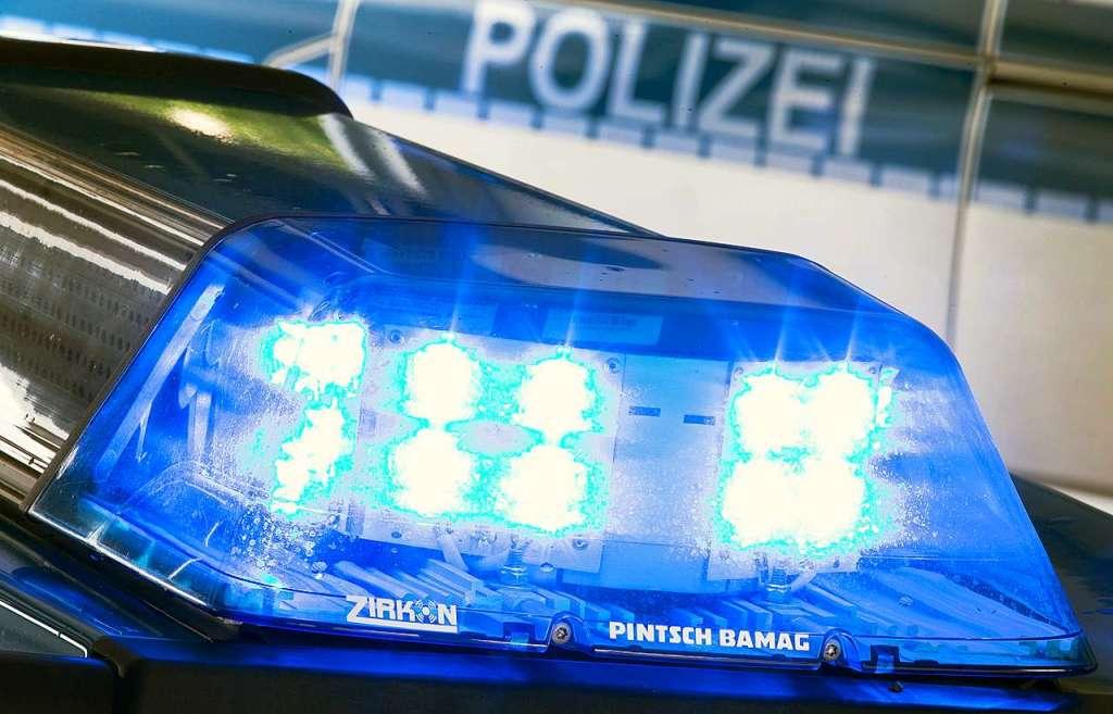 Ein Verletzter bei Unfall auf nasser Bundesstraße bei Steinen - Steinen - Badische Zeitung
