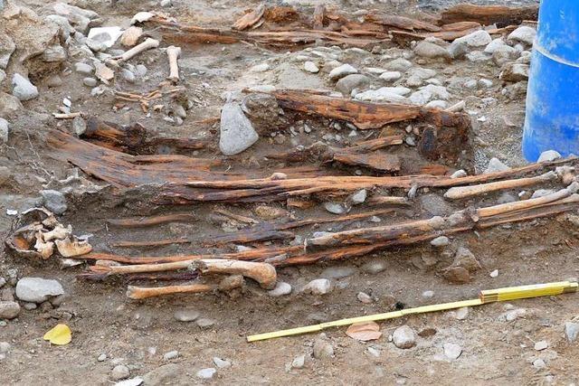 Archäologen finden alte Mauern in Bad Krozingen – und menschliche Knochen