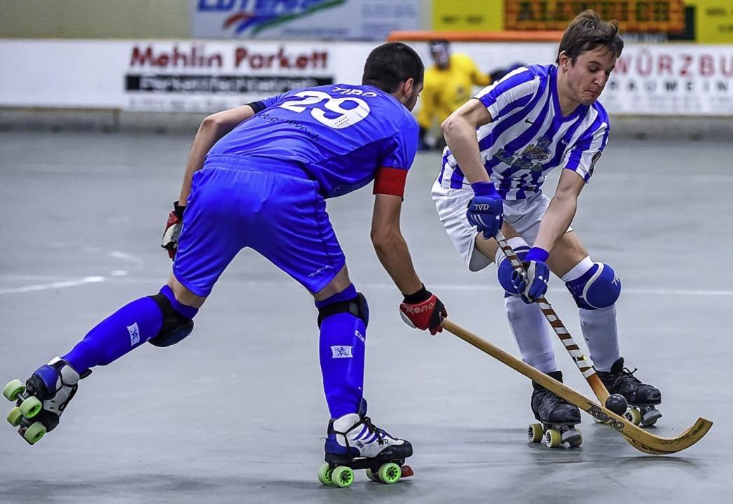 <BZ-FotoAnlauf>Rollhockey:</BZ-FotoAnl...igen mit zwei Punkten begnügen musste.  | Foto: Gerd Gruendl