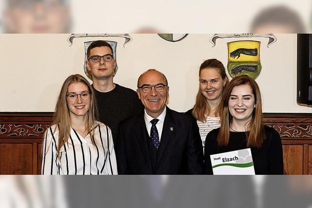 Bestnoten und Kammersieger: Auszeichnungen in Elzach aus der Josef-Burger-Stiftung