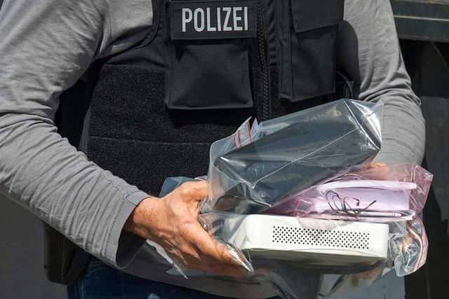 Schlag gegen Bande wegen Geldverschiebungen in Millionenhöhe
