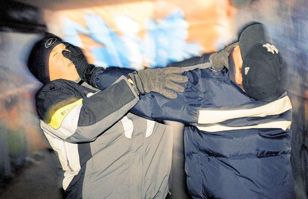 Junger Mann in Rheinfelden mit Verletzungen im Gesicht - Rheinfelden - Badische Zeitung