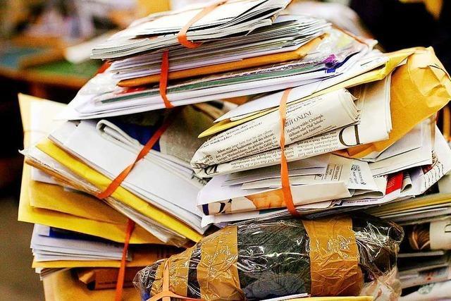 Breisacher Postzusteller entsorgt mehr als 700 Briefe im Altpapier
