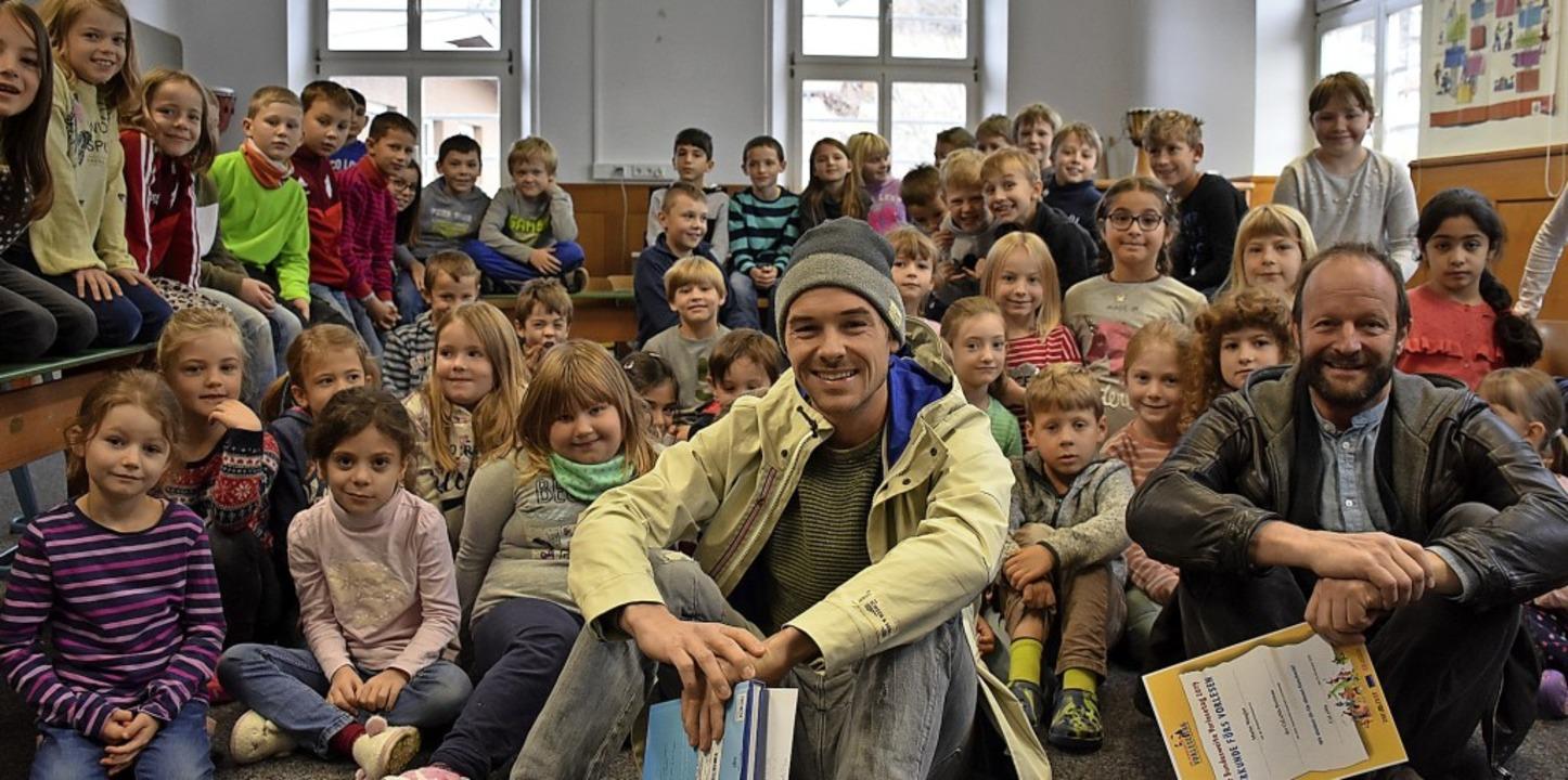 Beim deutschlandweiten Vorlesetag habe...reitnau Kindergeschichten vorgelesen.   | Foto: Thomas Biniossek