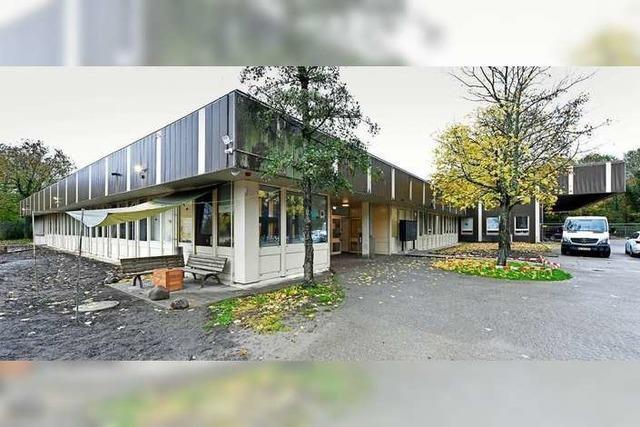 Wohnungsvermittlung für Obdachlose zeigt Wert des kommunalen Wohnungsbaus