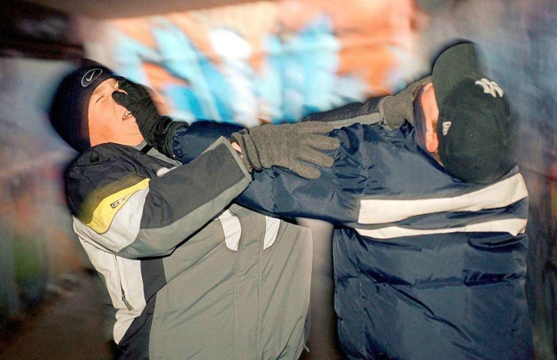 Zwei Männer sind vor einem Restaurant in der Torstraße aneinander geraten.  | Foto: Frank_Kleefeldt