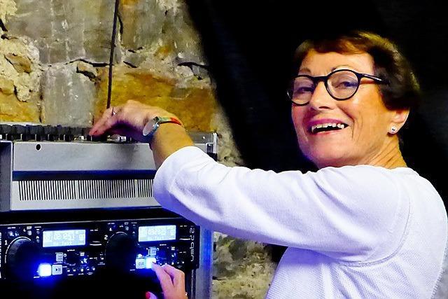 74-jährige Waldkircherin hat ihre eigene Partyreihe gestartet