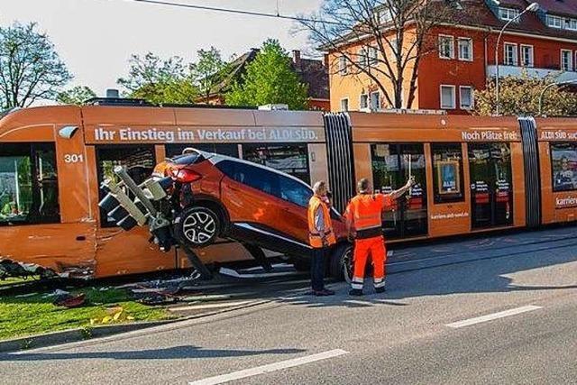 So teuer und langwierig sind Reparaturen von Freiburgs Unfall-Straßenbahnen