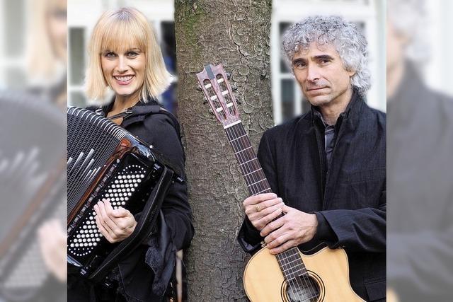 Christine Schmid und Gaetano Siino treten zusammen in der Klosterschiire auf