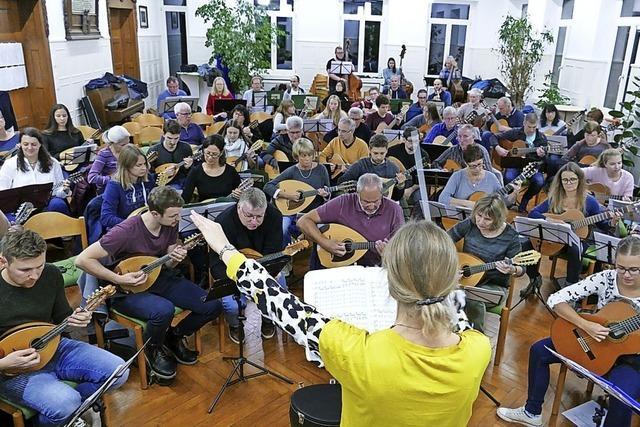 Über 100 Musikerinnen und Musiker
