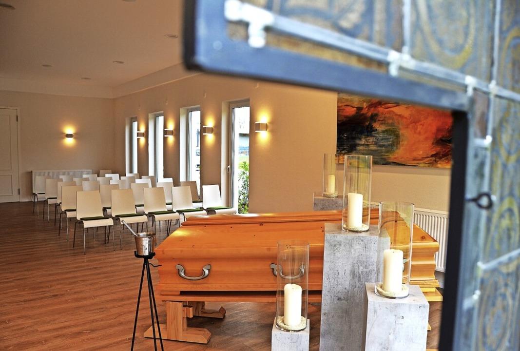 Bis zu 60 Gäste können in Mario Müller...lle im Gewerbepark    Abschied nehmen.  | Foto: Kathrin Blum