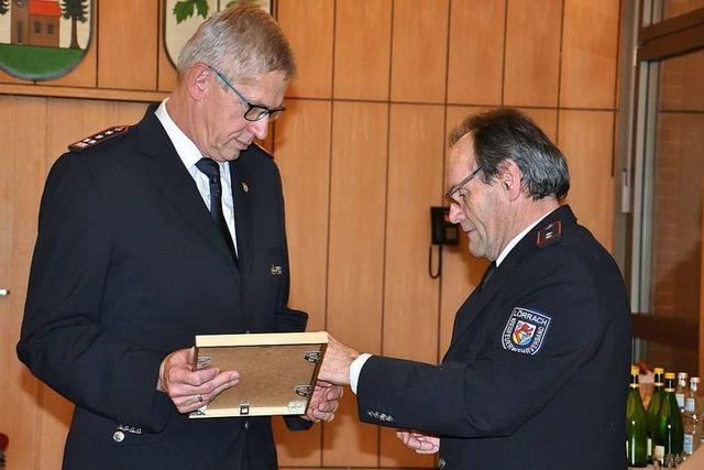 Günter Lenke ist seit 25 Jahren Chef der Feuerwehr Kandern