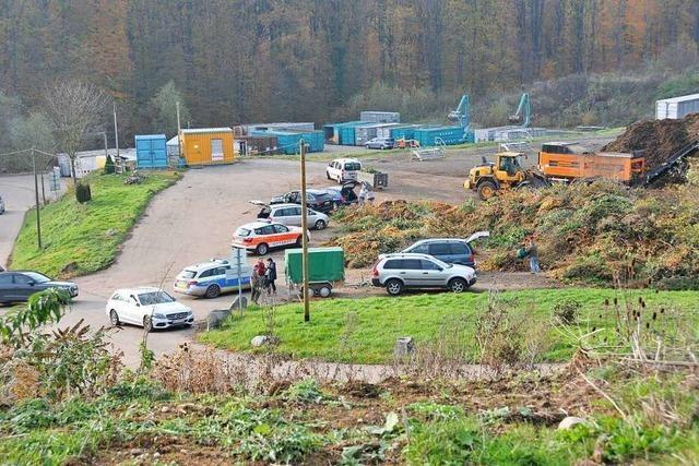Polizei ermittelt nach Leichenfund auf Deponie – keine Hinweise auf Fremdverschulden