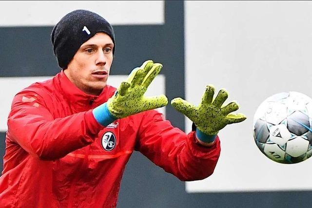 SC-Torhüter Alexander Schwolow muss länger aussetzen als erwartet