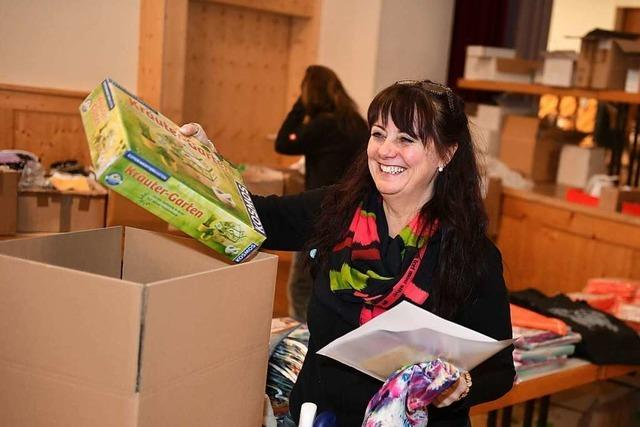 Bundesverband Kinderhospiz packt 650 Weihnachtspäckchen für schwerkranke Kinder