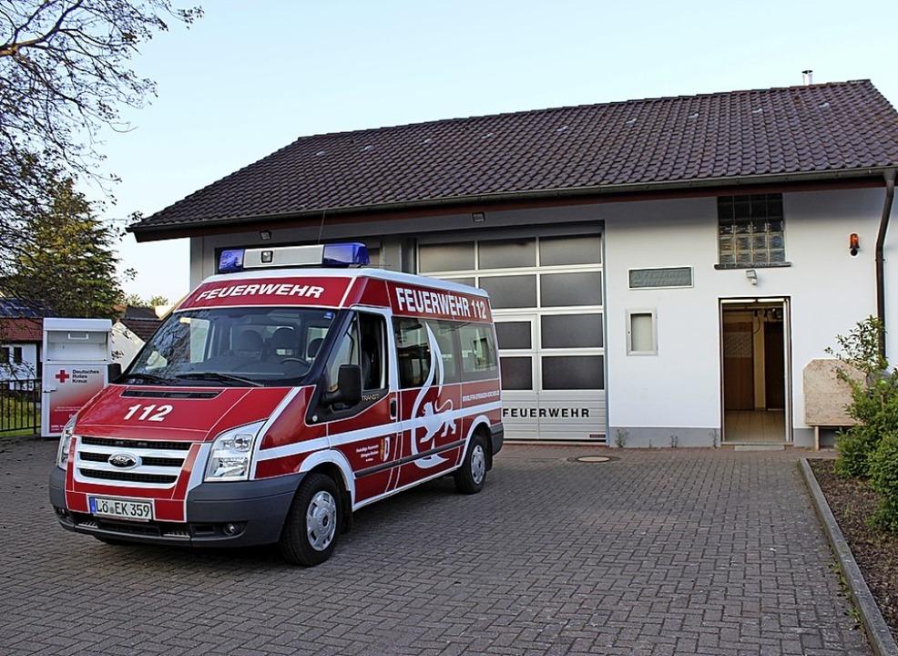 Gemeindegebäude bekommen nach und nach...bei  Halle und Feuerwehrhaus  gemacht.    Foto: Victoria Langelott