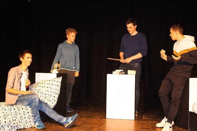 So cool, so wärmesuchend: Das Jugendtheater Waldkirch zeigt