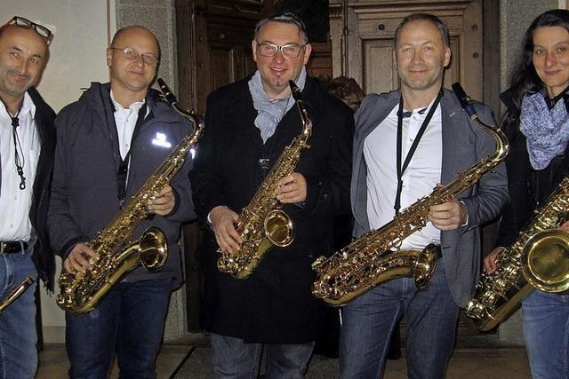 Harmonika Orchester Häuser, Familie Kraft und Saxophon-Quintett Safer Sax in Häusern
