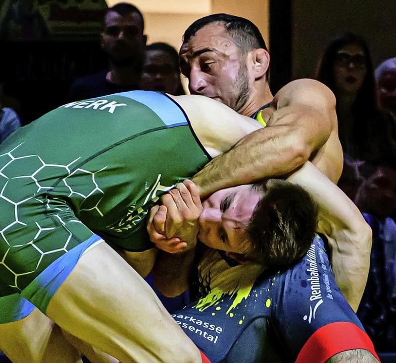 Im Hinkampf hatte Ivan Guidea (Hausen-... – eine von acht RG-Niederlagen.  | Foto: Thorsten Springmann