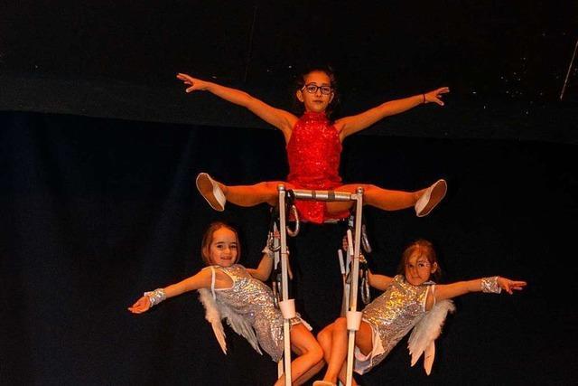 Circus Paletti probt für den ersten Ettenheimer Weihnachtszirkus