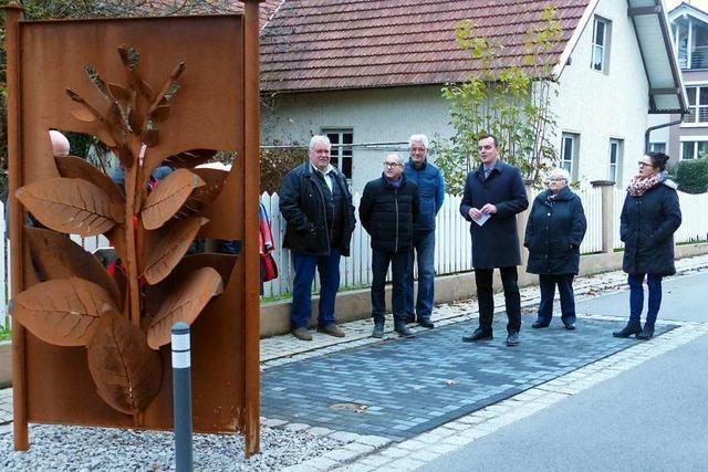 Kunstwerke für Verkehrsberuhigung der Meiersmattstraße