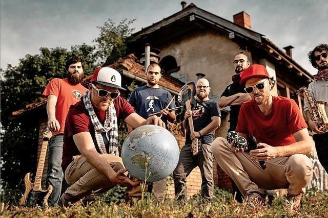 HipHop-Band Zweierpasch aus Freiburg glaubt an positive Rebellion