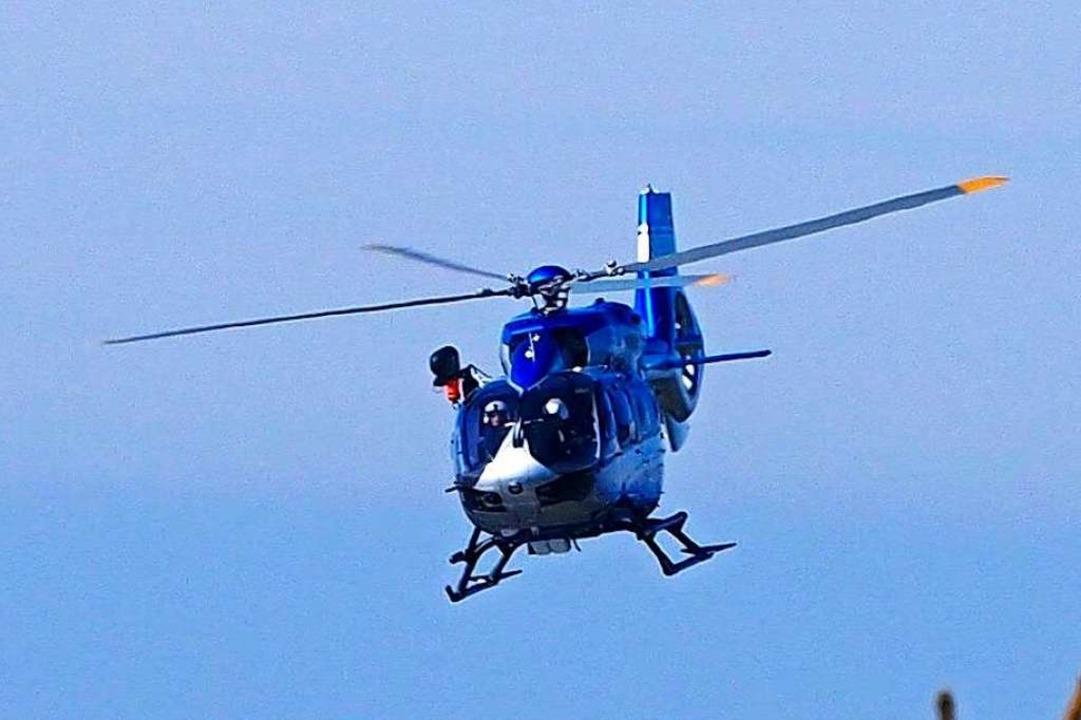 Ein Helikopter der Polizei im Einsatz (Symbolbild).  | Foto: Susanne Gilg