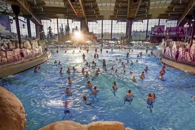 Badespaß im Mythenpool