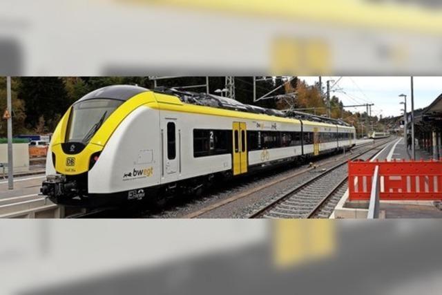 Eröffnungsfahrt der Breisgau-S-Bahn startet in Endingen