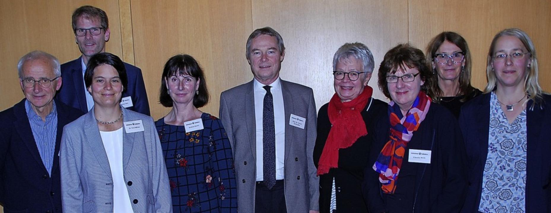 Die Alzheimer Initiative Offenburg fei...rth,Angela Perlet und Kerstin Niermann  | Foto: Victor Schreiner