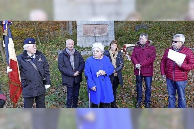 1100 Kilometer Anfahrt für eine Gedenkfeier im Wald