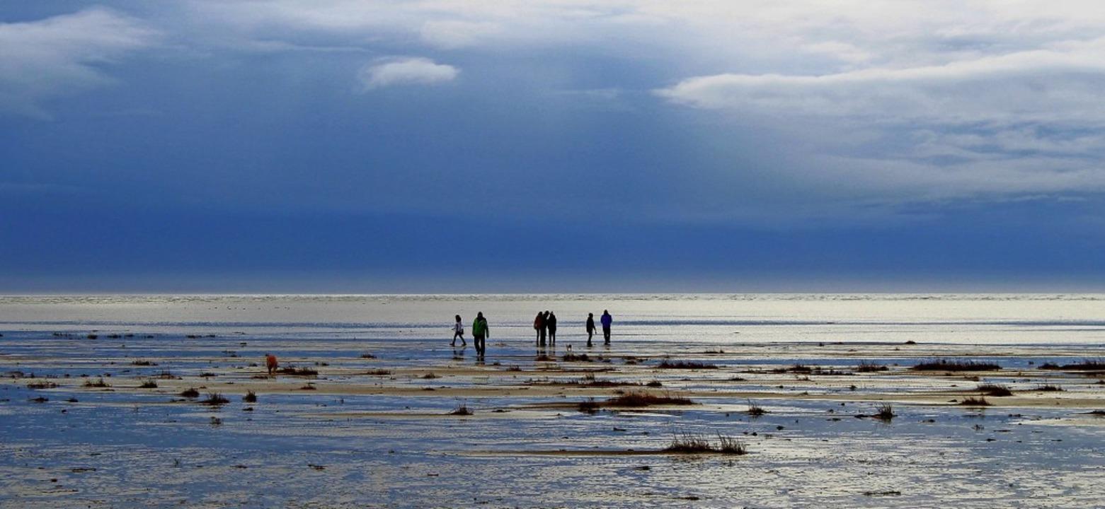 Ist das dieses Hygge? Frieren am Strand  | Foto: Andie_Alpion - stock.adobe.com