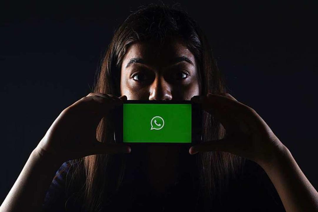 58 Millionen Deutsche nutzen  täglich WhatsApp    Foto: Rachit Tank (Unsplash.com)