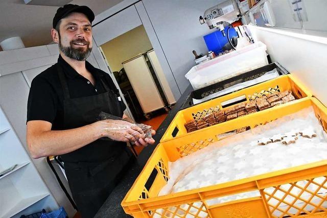 Wie im Glashaus in Lörrach Plätzchen für gute Zwecke entstehen