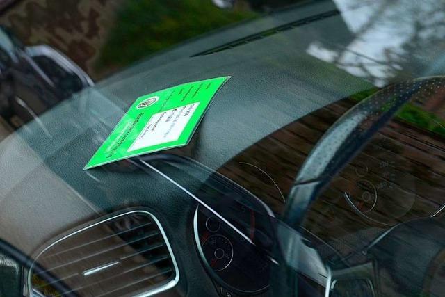 Freiburger Ratsfraktionen: 30 Euro pro Jahr sind zu billig fürs Anwohnerparken