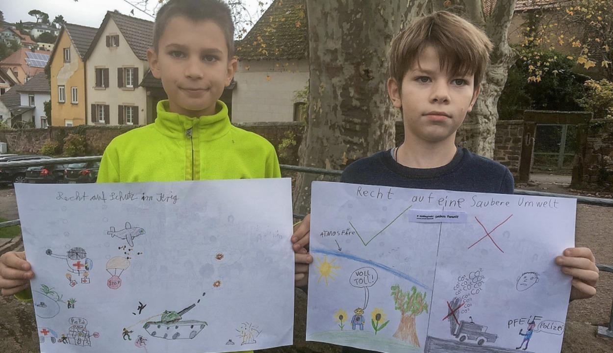 Benjamin Graf (links) hat ein Bild zum...nes zum Recht auf eine saubere Umwelt.  | Foto: Privat