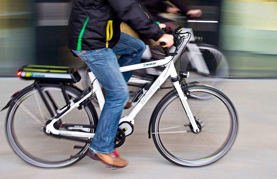 Pedelecs sind von Rechts wegen Fahrräder.  | Foto: Daniel Karmann