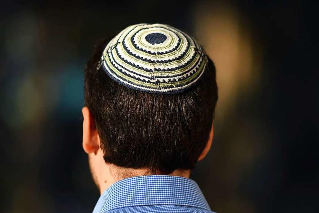 Die Kippa ist die traditionelle jüdische Kopfbedeckung (Symbolbild).  | Foto: Uli Deck