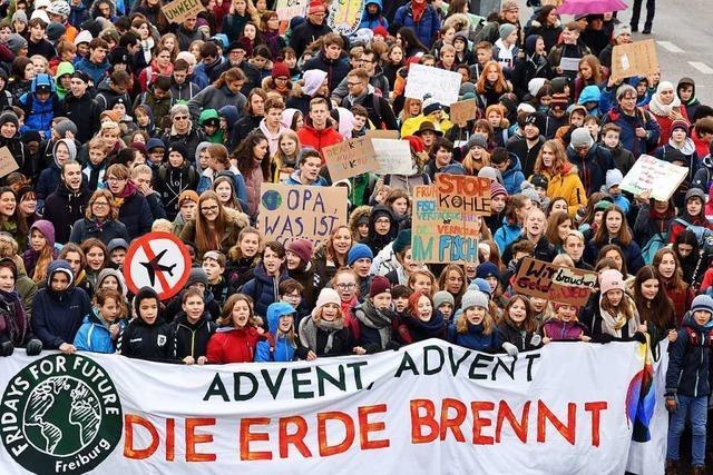 Klimastreikende kritisieren in Freiburg