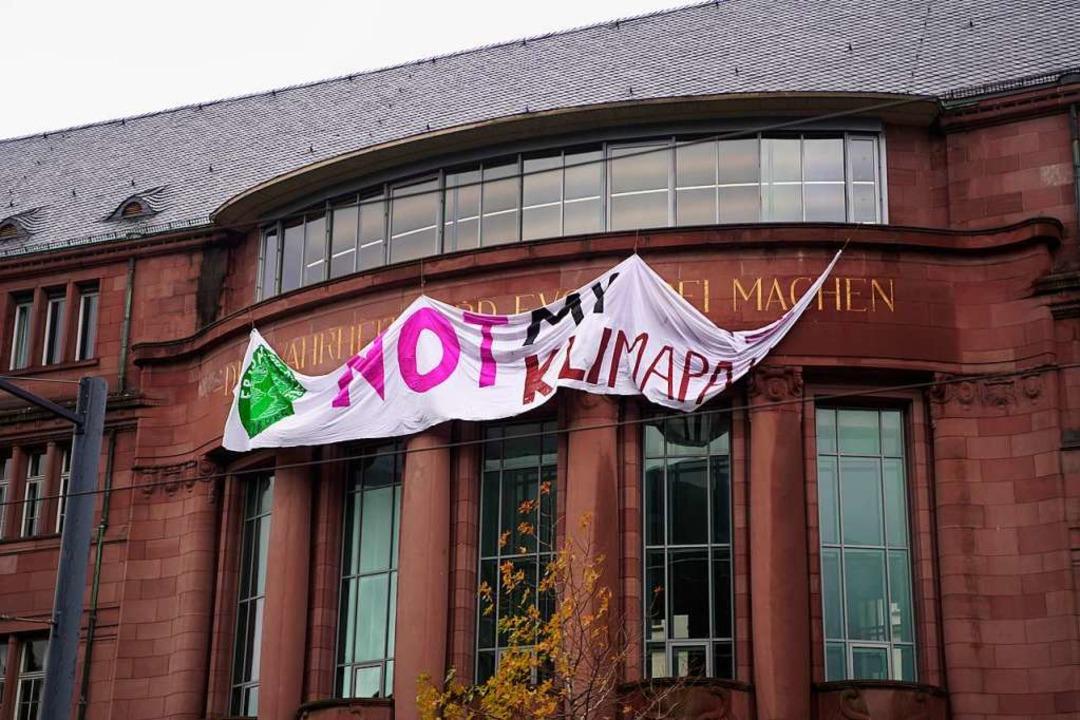 Auch die Uni Freiburg positionierte sich zum globalen Klimastreik.  | Foto: Stefan Hipp