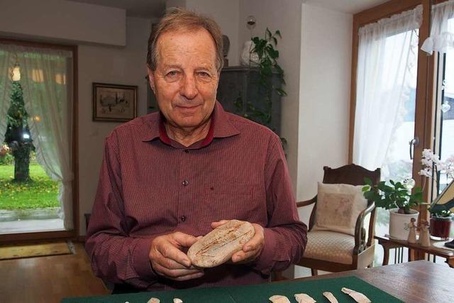 Werner Brogli sucht erfolgreich nach Relikten aus der Steinzeit