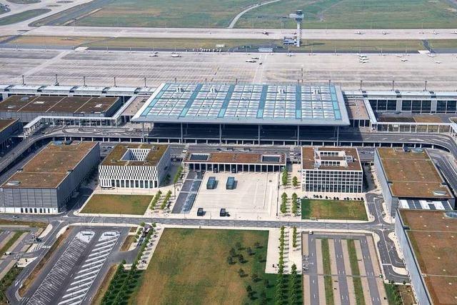 Pannenflughafen BER soll am 31. Oktober 2020 eröffnen