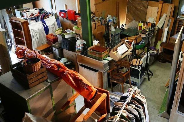 In Haltingen gibt es eine Schatzkammer für Theaterfreunde und Verkleidungswütige