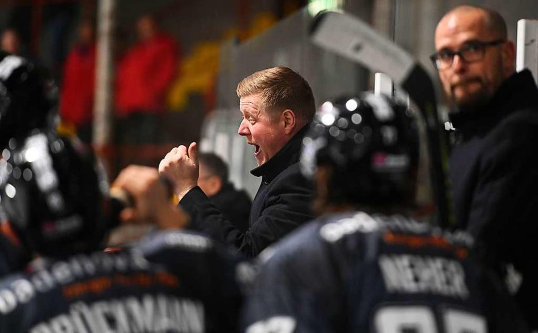 EHC-Trainer Peter Russel.  | Foto: Achim Keller