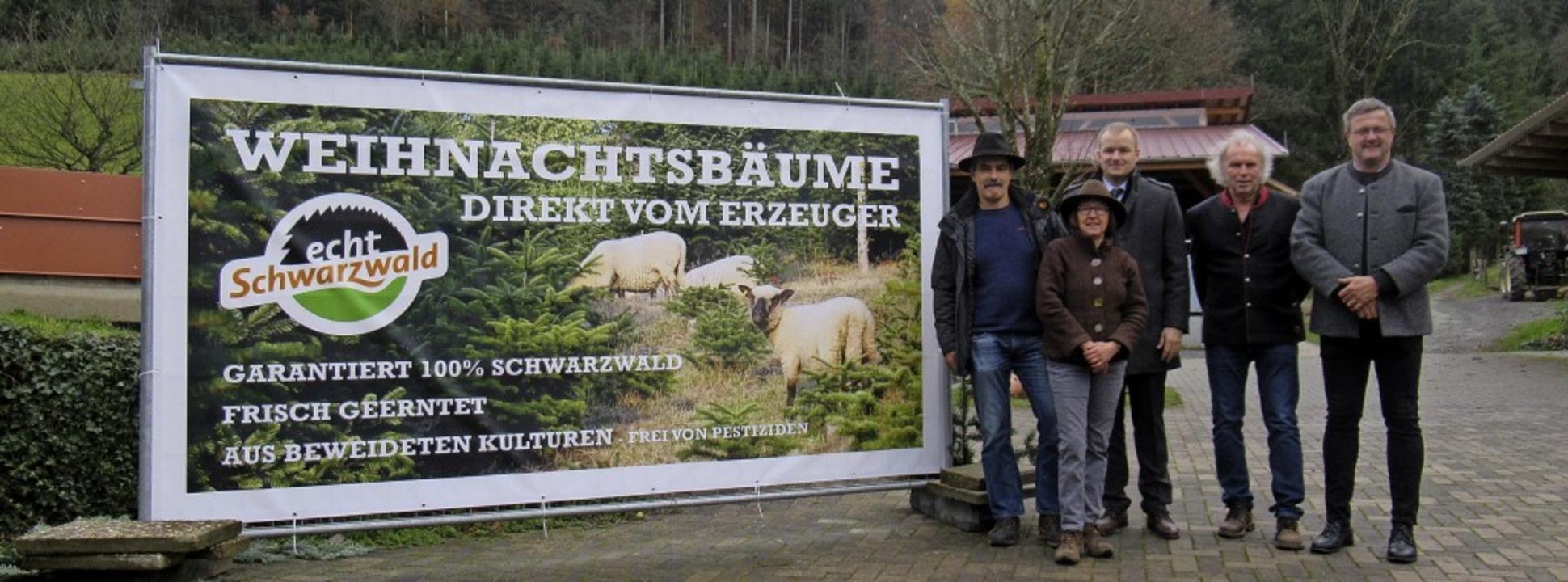 Es muss nicht der  Baum aus Osteuropa ...Clever, Uwe Baumann und  Eugen Göppert  | Foto: Susanne Kerkovius